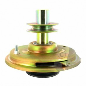 Blade clutch for AYP ROPER and HUSQVARNA - H: 173 mm, Ø int: 25,4 mm, Ø: pulley upper : 90 mm, Ø: pulley lower: 100 mm. Replacement reference: 170163, 179887, 180354, 198044, 532180354.