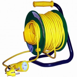 Cable reel in PVC. L: 25m ,3x1,5mm².