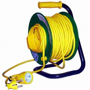 Cable reel in pvc. L: 50 m, 3 X 1,5 mm².
