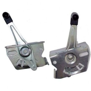 Universal throttle lever with rigid cable.
