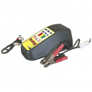 Battery charger AccuGard 900: Ideal for batteries of 12 V / 3 - 39 Ah Loading charge: 0,9 A